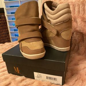Mia Limited Edition shoes 9W gently used